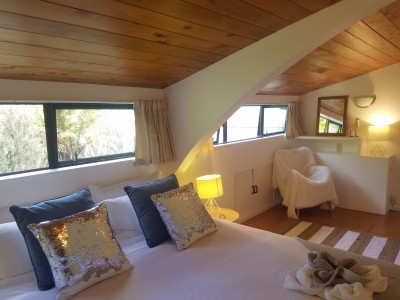 Galleries/The-Lodge/15-The-Lodge-Bedroom.jpg